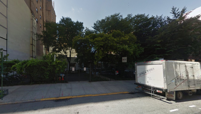 345-353 West 38th Street, seen from 39th Street, image from Google Maps