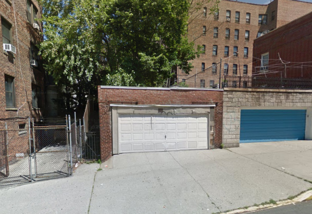 253 East 206th Street, image from Google Maps