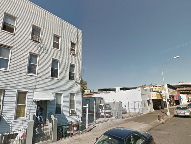1513 Gates Avenue