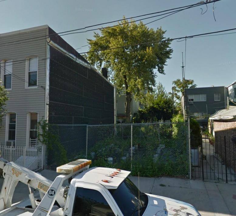 338 Devoe Street