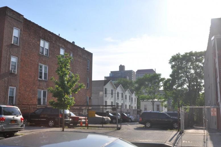 1685 Monroe Avenue, photo by Christopher Bride for PropertyShark