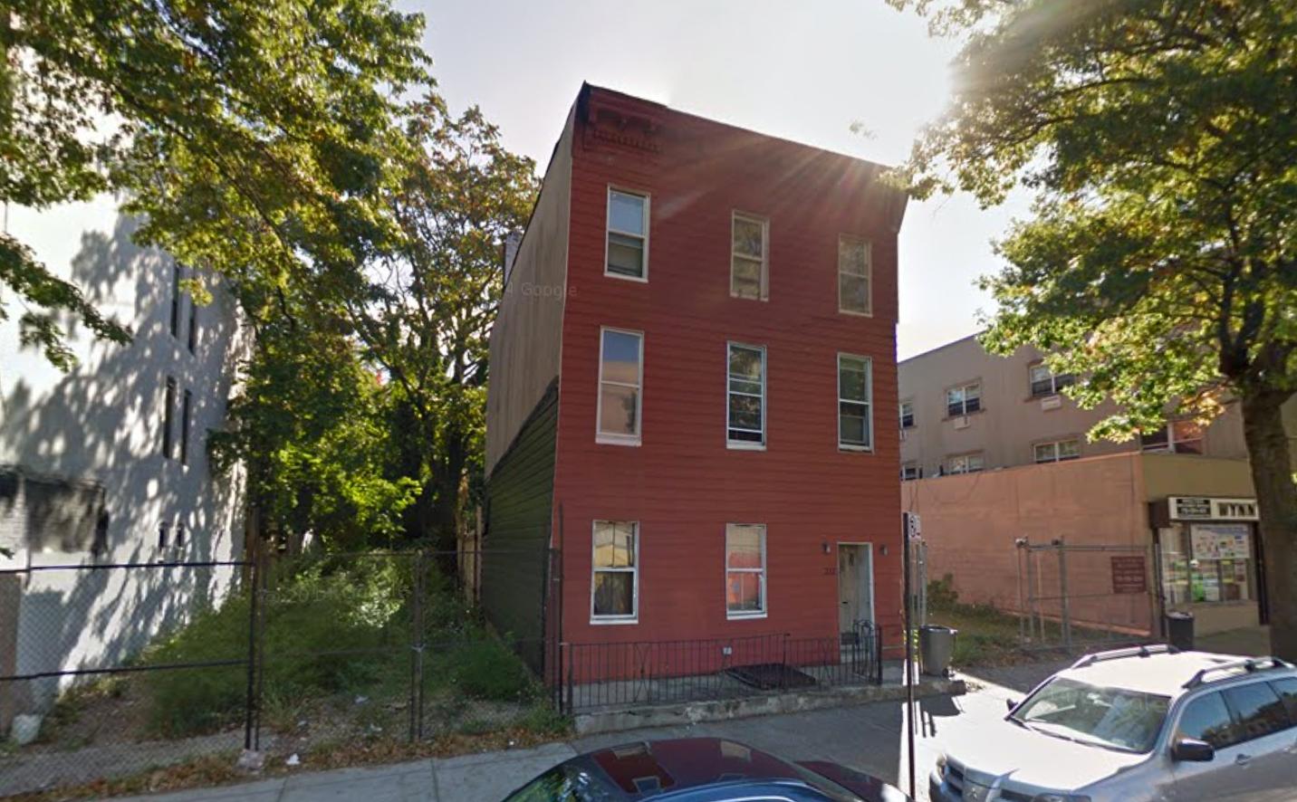 211 Troy Avenue
