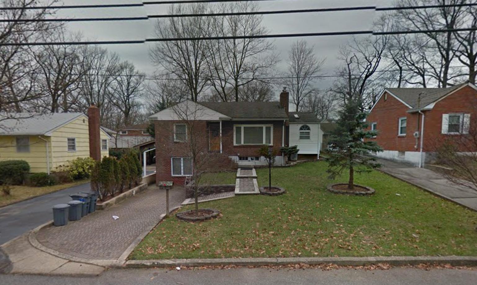 322 Robinson Avenue