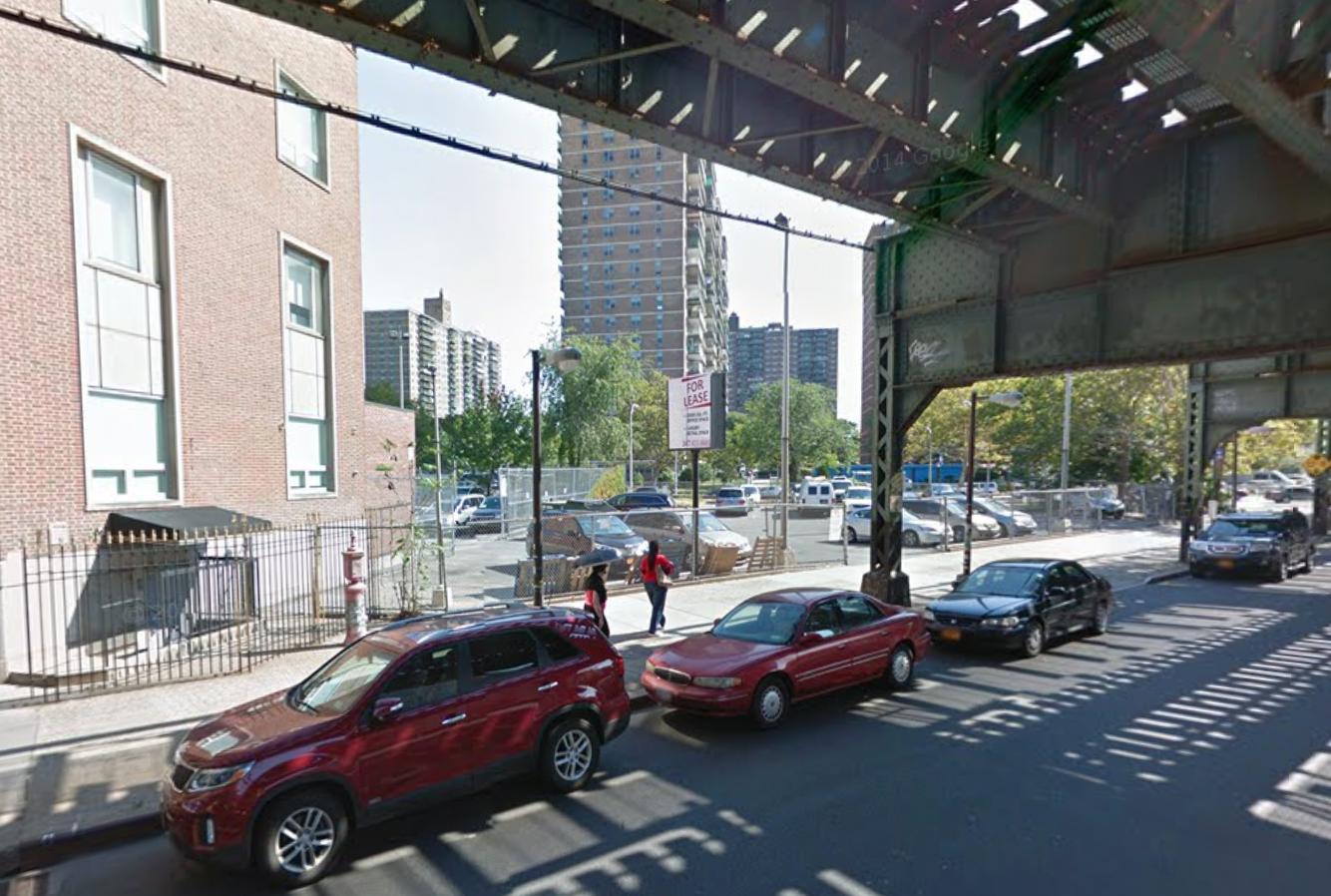 525 Broadway