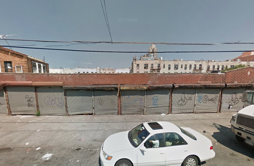 731 61st Street in August 2014, image via Google Maps