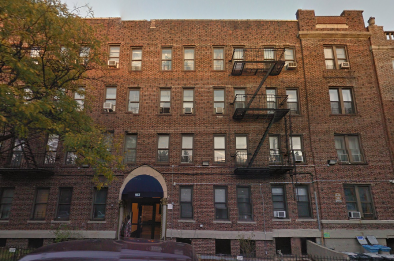 961 Washington Avenue, image via Google Maps