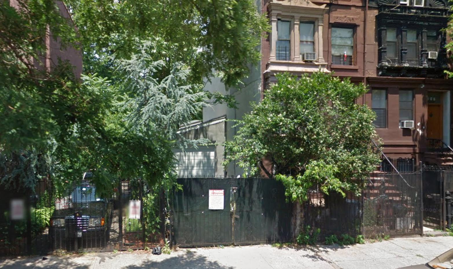 813 Green Avenue