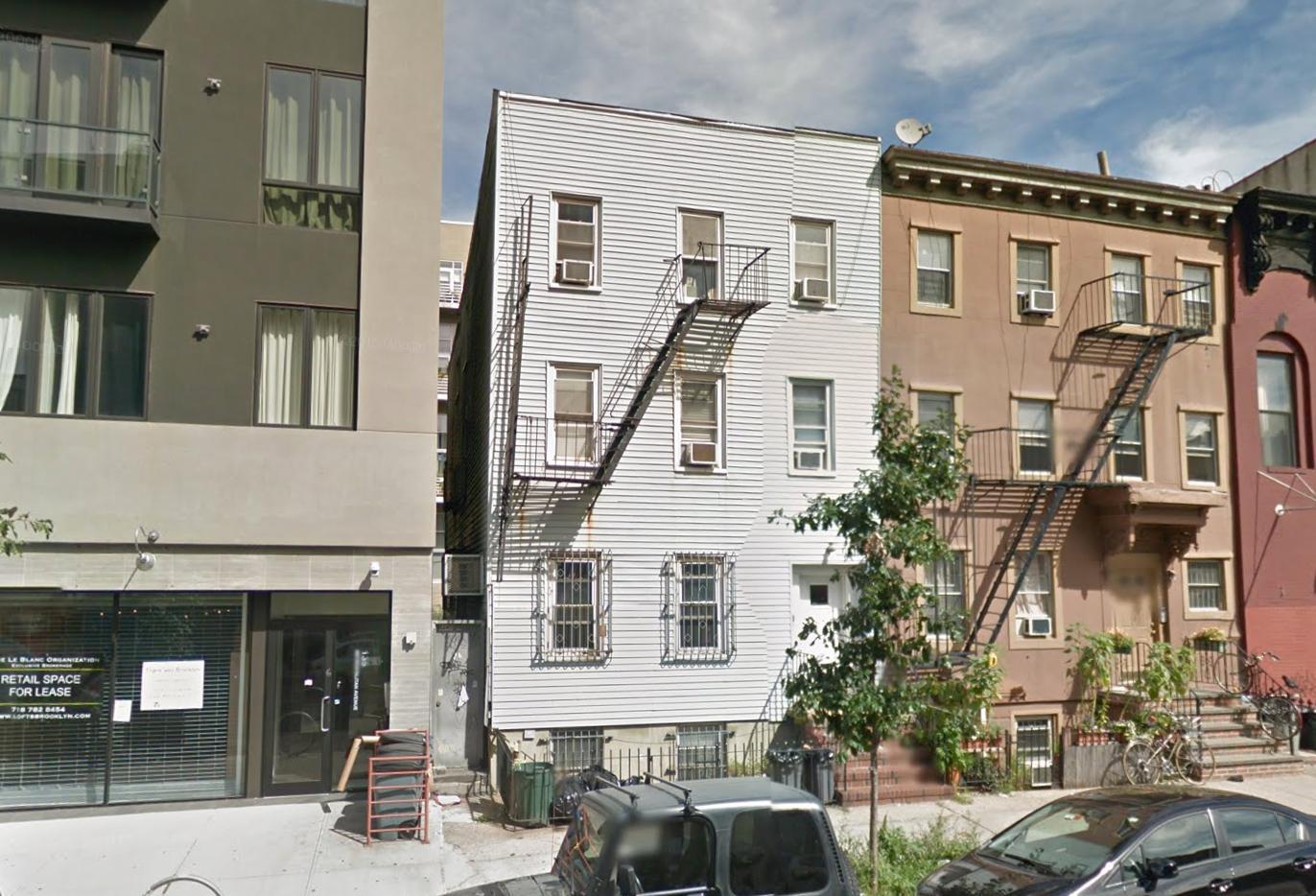 141 Metropolitan Avenue