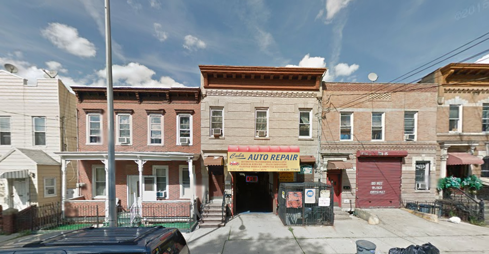 21-13 31st Avenue, image via Google Maps