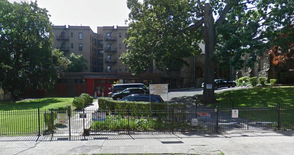 2500 Jerome Avenue, image via Google Maps