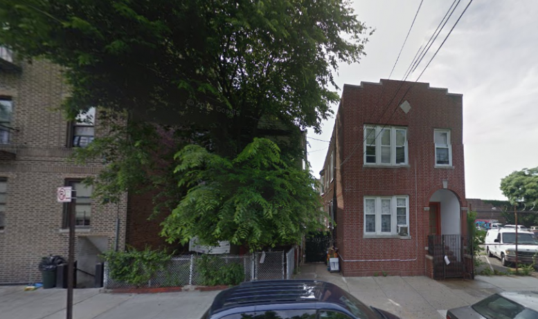 3053 Villa Avenue in June 2014, image via Google Maps