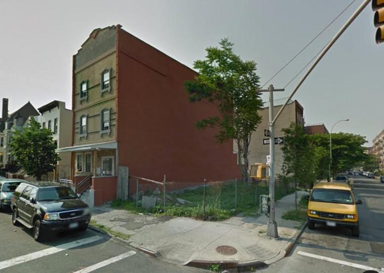 810 East 165th Street