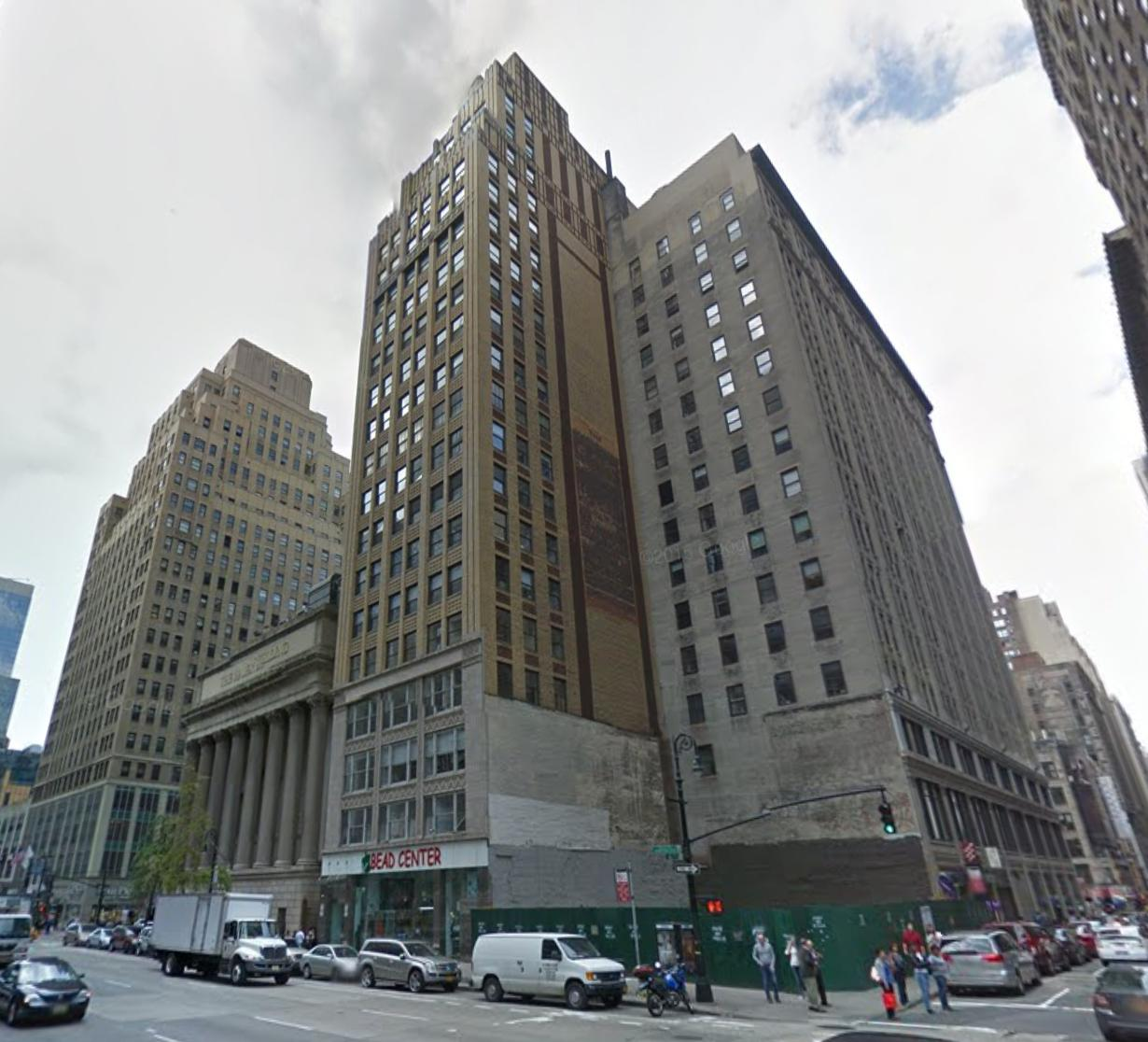 989 Sixth Avenue