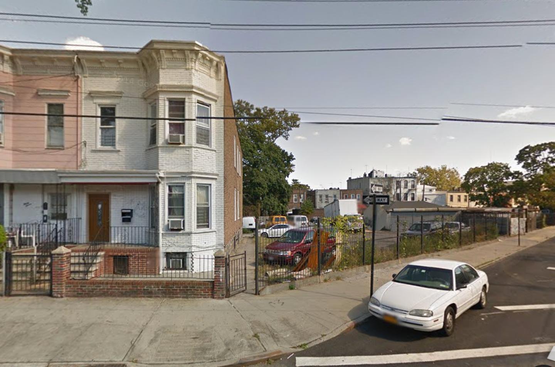 39 Hale Avenue