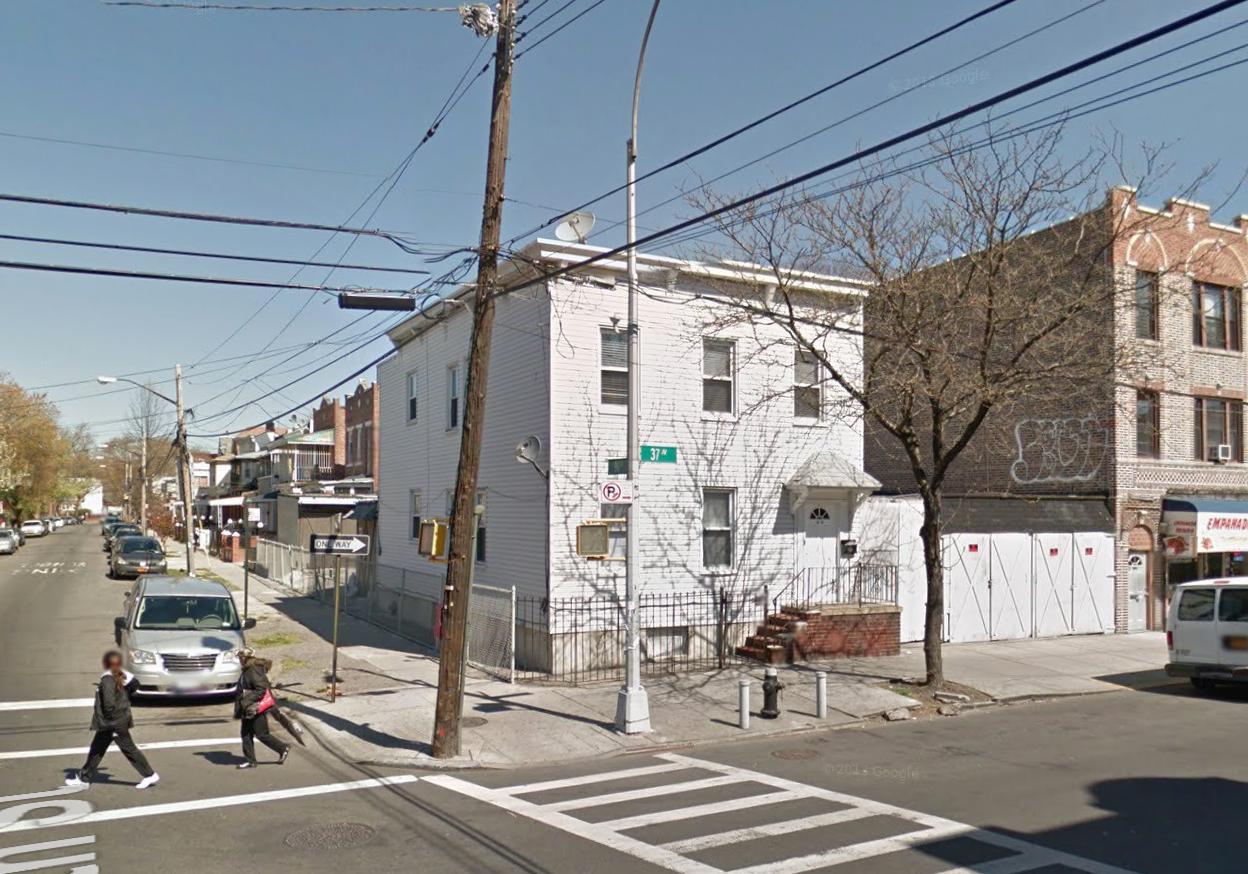 98-03 37th Avenue