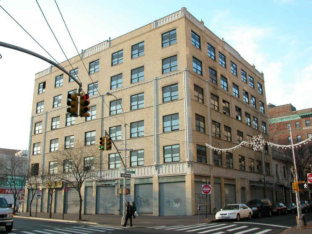 92-32 Union Hall Street