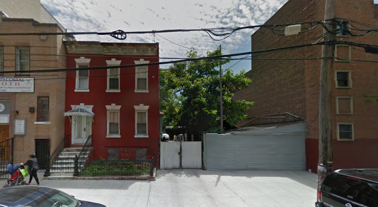1176 Nelson Avenue, image via Google Maps
