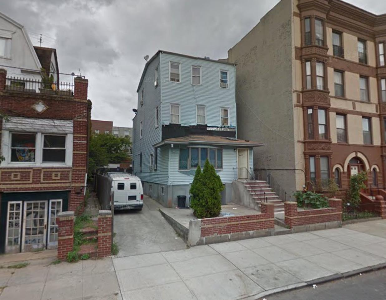 203 Quincy Street