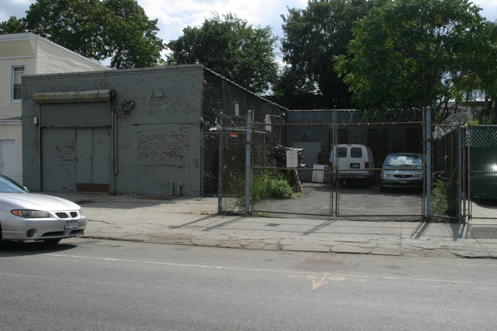 1690 Pacific Street
