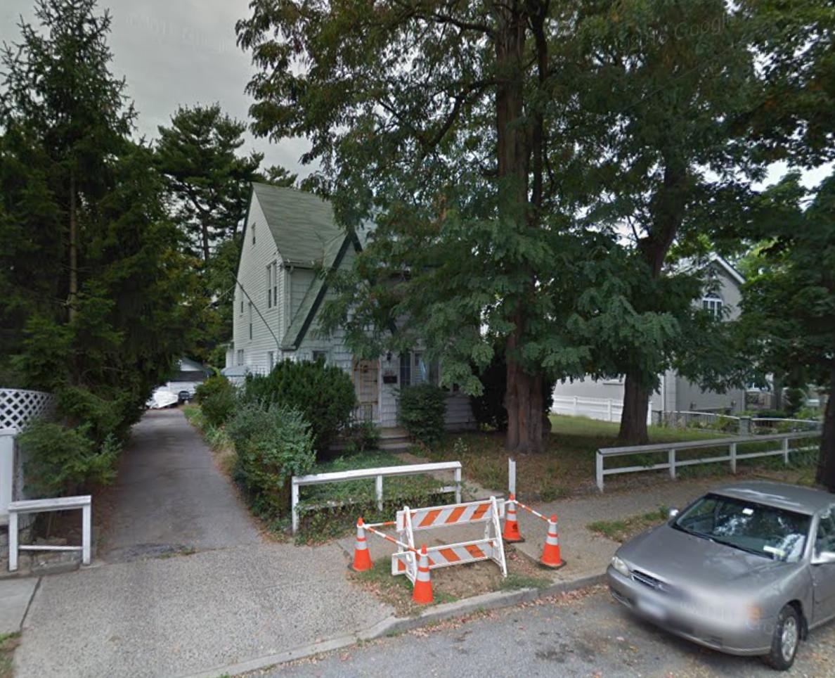 2061 Narragansett Avenue
