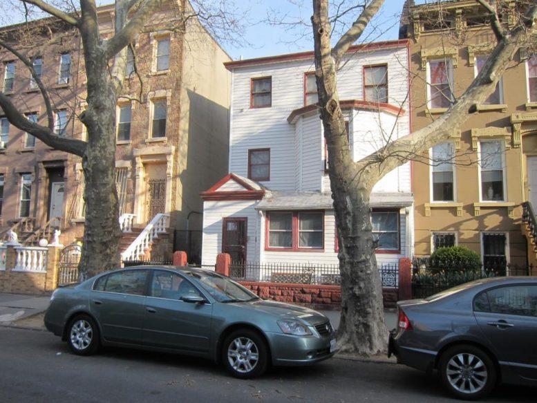 803 Quincy Street