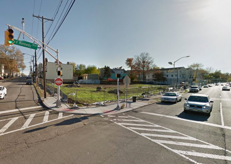 1558 John F. Kennedy Boulevard