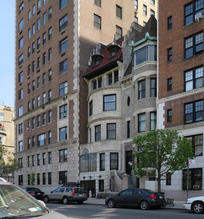 Existing conditions at 36 Riverside Drive, which is the left of the two old townhouses.