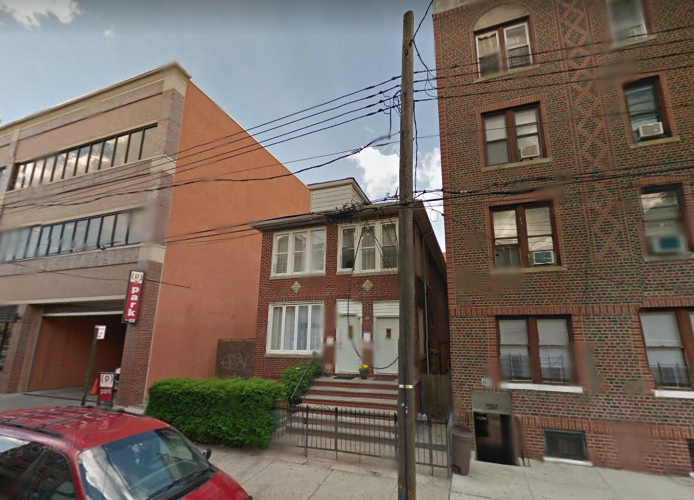1622 East 15th Street