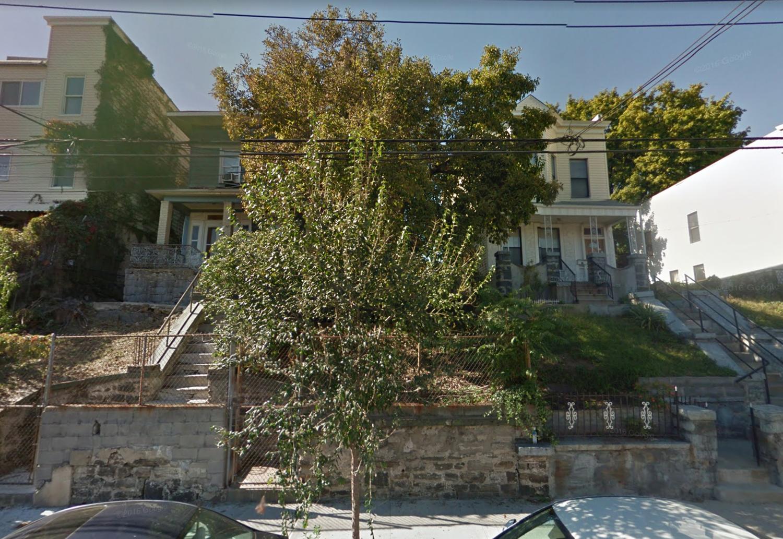 2065-2067 Ryer Avenue