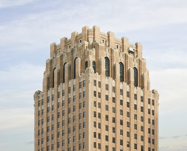 100 Barclay Exterior Crown, image by Ty Cole