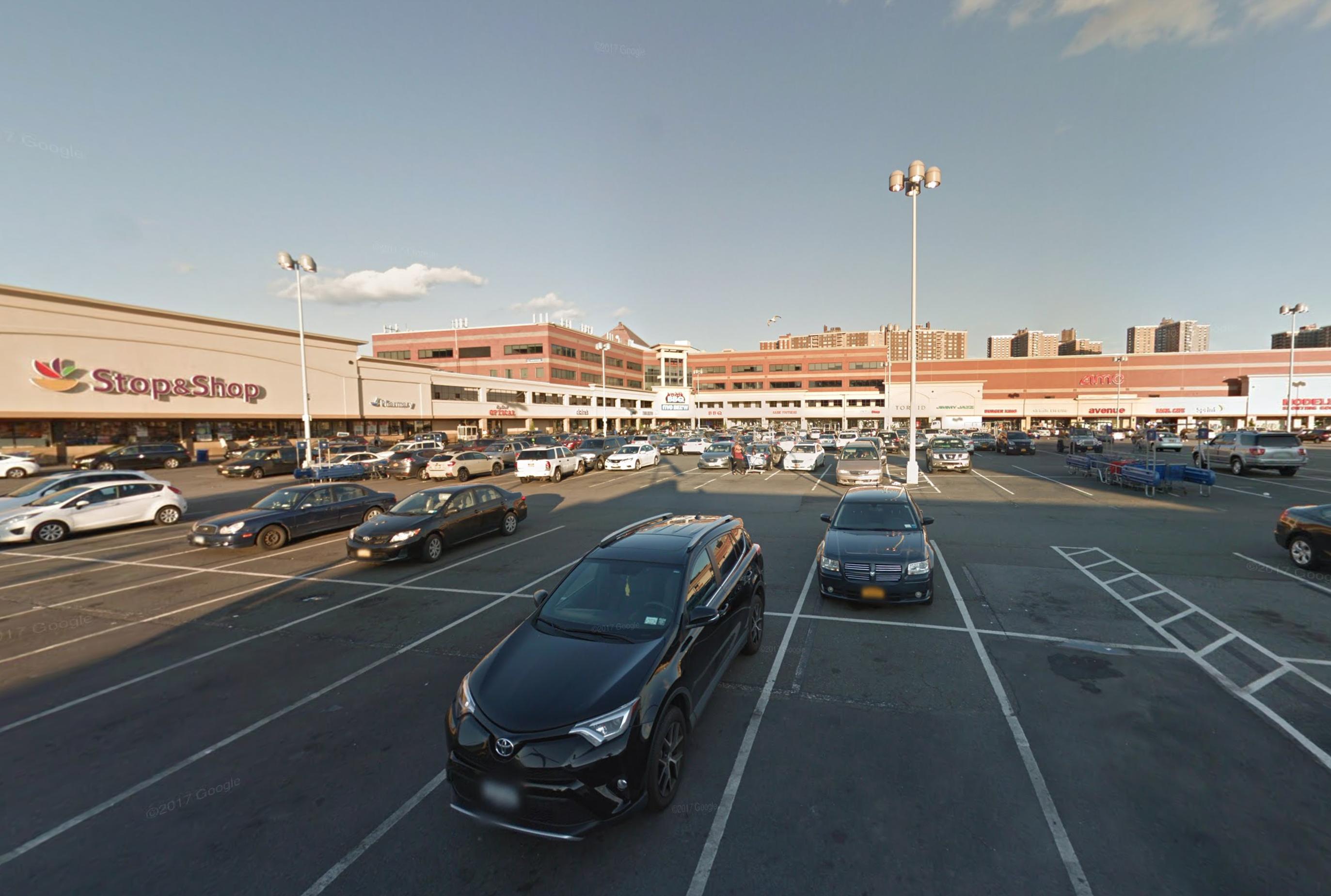 2100 Bartow Avenue, via Google Maps