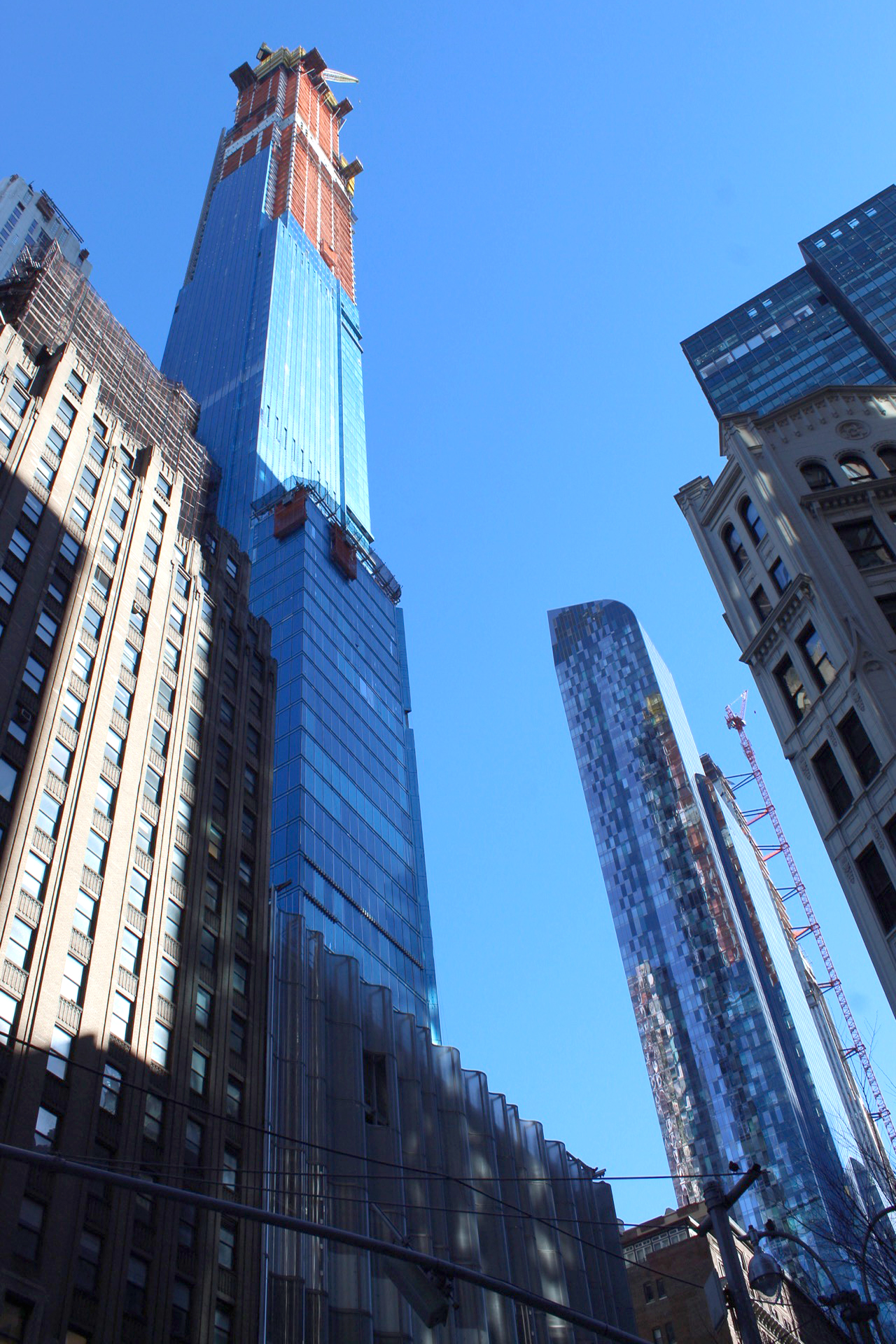Central Park Tower Approaches 1 550 Foot Pinnacle Nears