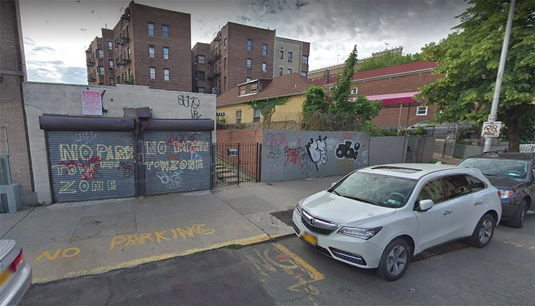 2720 Claflin Avenue in Kingsbridge Heights, The Bronx