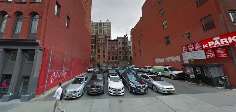 86 Warren Street in Tribeca, Manhattan