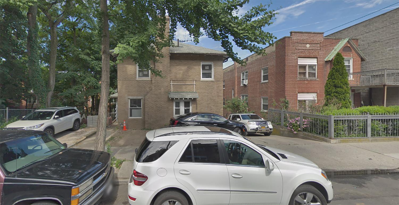 2731 Kingsbridge Terrace in Kingsbridge Heights, The Bronx