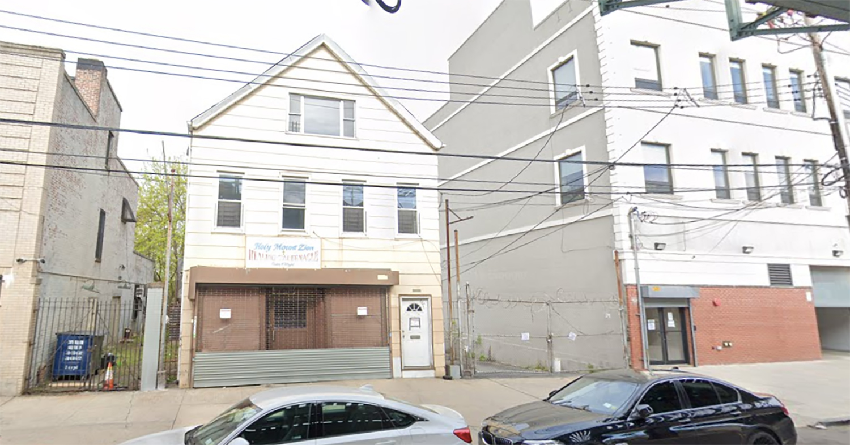 3327 White Plains Road in Williamsbridge, The Bronx