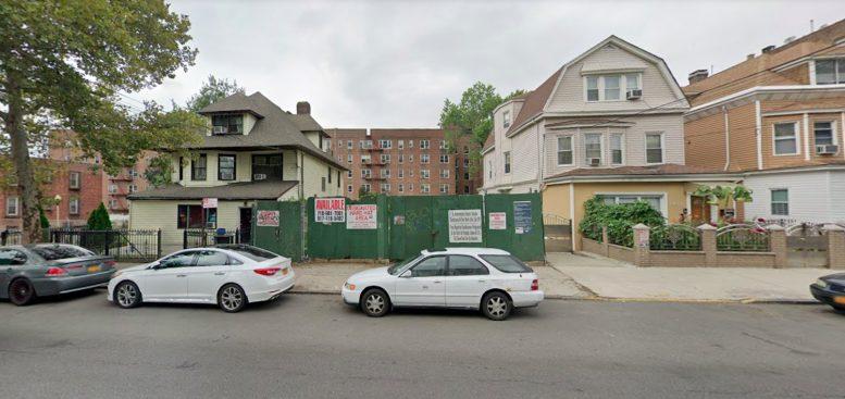 2605 Sedgwick Avenue in Kingsbridge Heights, The Bronx