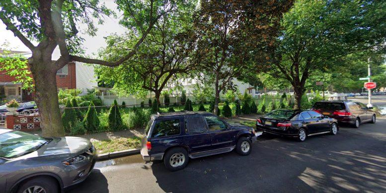 2189 Arthur Avenue in Belmont, The Bronx