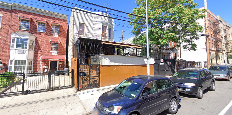 1281 Hoe Avenue in Crotona Park East, The Bronx
