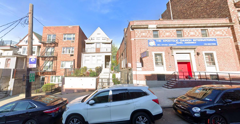637 East 233rd Street in Wakefield, The Bronx